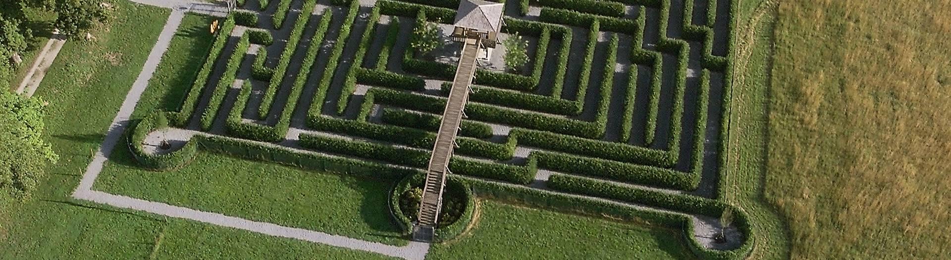 Labyrinth von Schloss und Tierpark Rosegg im Rosental